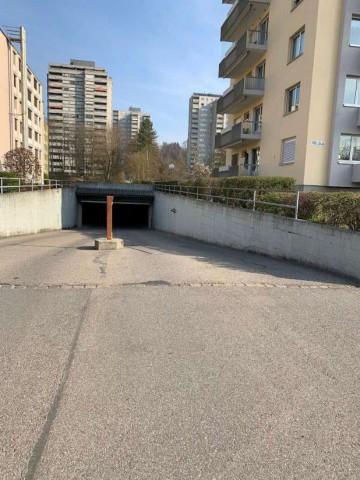 Neuer Parkplatz gesucht? 31663063