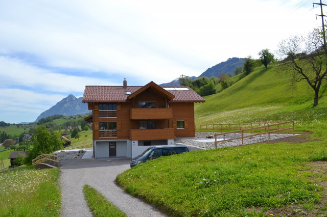5 ZI Wohnung mit Balkon, Aussensitzplatz inkl. Panoramaaussi 23650464