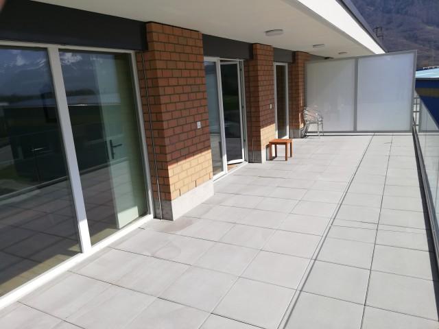 modern Wohnen mit herrlicher Aussicht 28742681