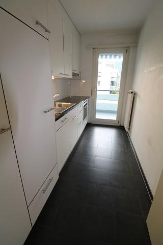 Sanierte 3.5-Zimmer-Wohnung mit Balkon 32765010