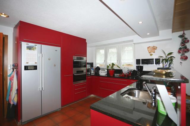 Neuwertiges Zweifamilienhaus an ruhiger, herrlicher Wohnlage 21679994