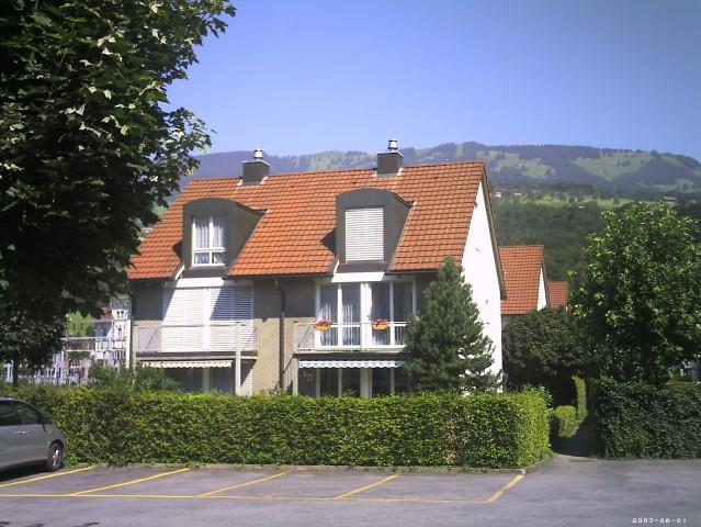 5,5 Zimmer EFH mit Tiefgarage und Parkplatz 21609075