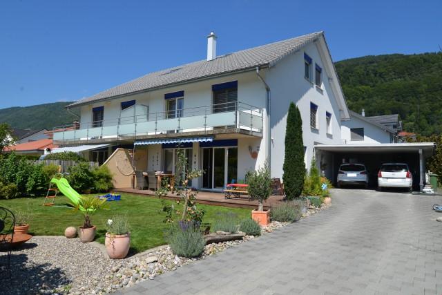 Schöne, familienfreundliche Doppelhaushälfte 24823634