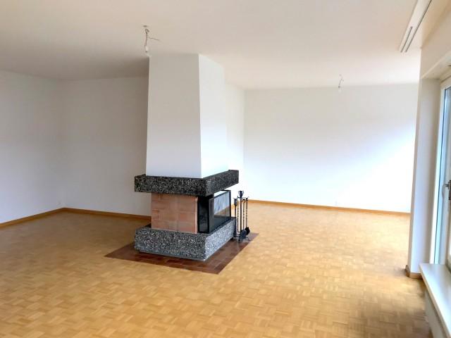 Helle 4.5-Zimmerwohnung mit Cheminée 27017305