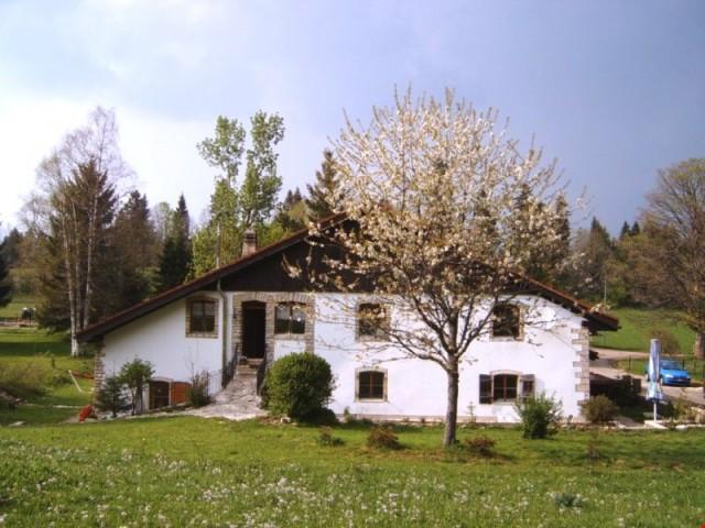 Superbe maison franc-montagnade en demi-propriété comprenant 24476576