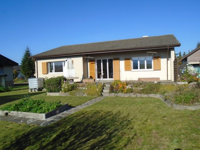 Freistehendes 5-Zimmer-Einfamilienhaus mit Garten 21595857