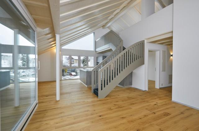 Helle 3.5-Zimmer-Dachwohnung plus Galerie   Moderne Bauweise 31744433