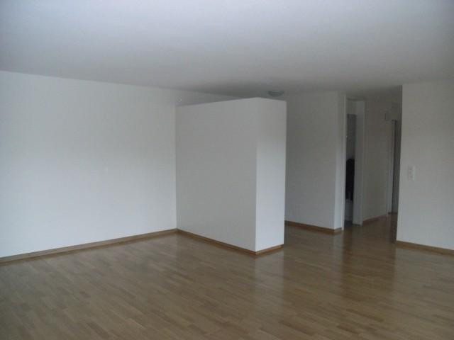 helle 4.5-Zimmerwohnung in Schwarzenburg 19669138