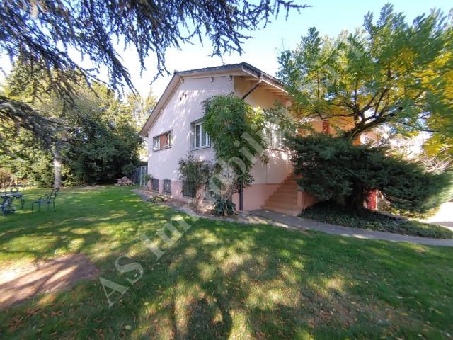 Superbe villa individuelle de 7 pièces avec jardin 31114355
