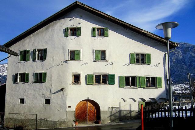 4 1/2 Zimmerwohnung in Patrizierhaus 25983671