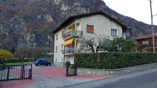 Casa di 3 appartamenti con ampio terreno 32316156