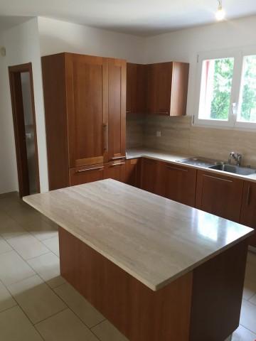 Appartamento con giardino e due posti auto inclusi nel prezz 24809613