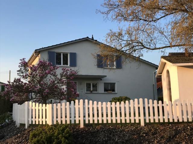Freistehendes Einfamilienhaus mit wunderschönem Garten zu ve 32792588