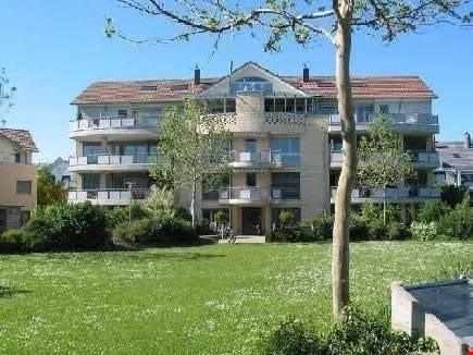 Zu vermieten: 4.5 Zimmerwohnung mit grossem Balkon 25499844