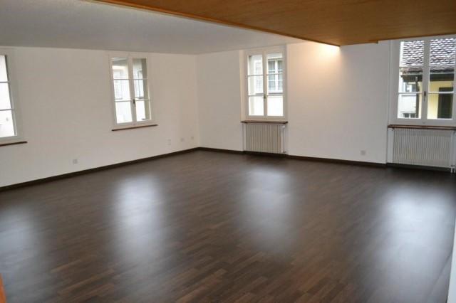 3.5 Zimmer Wohnung, im Zentrum von Altdorf 30907803