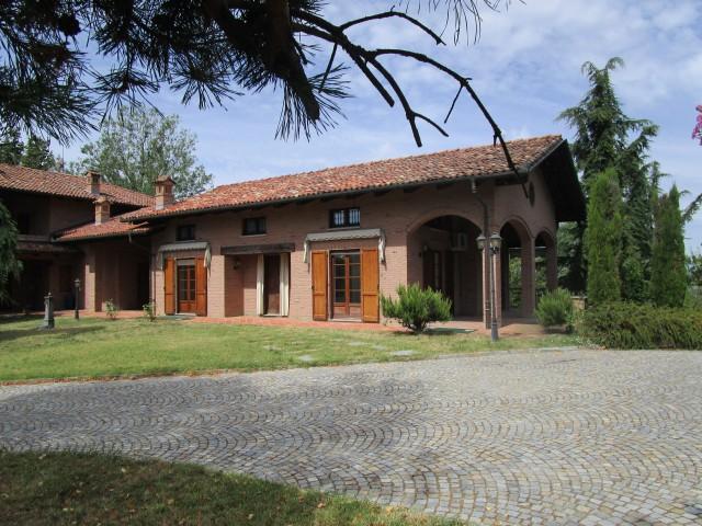 Exklusive Villa im italienischen Piemont 29726222