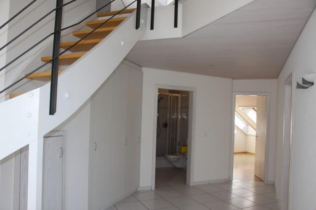 Eindrucksvolle 4.5-Zi.-Dachwohnung mit Galerie - 1. Mietzins 23636212