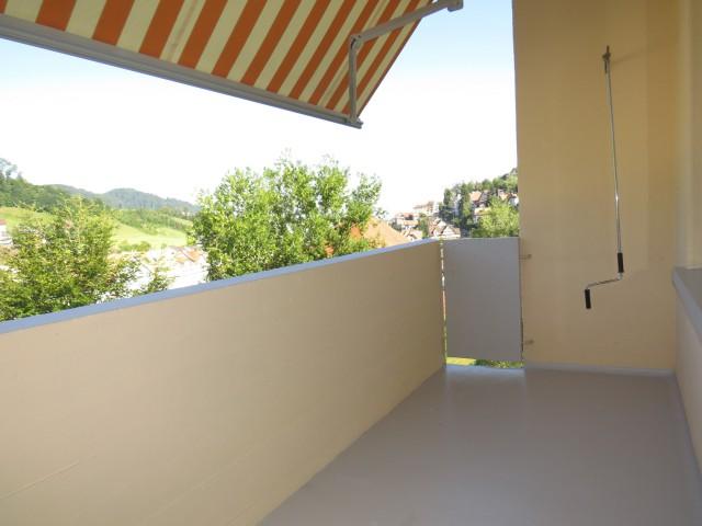 Schöne 4-Zimmer-Wohnung mit Balkon 30347774