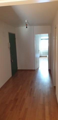 Schöne 2,5-Zimmer Wohnung an zentraler Lage in Gümligen 31758284