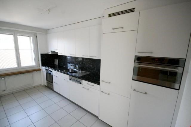 Moderne 4.5 Zimmerwohnung nahe Dorfzentrum! 25061746
