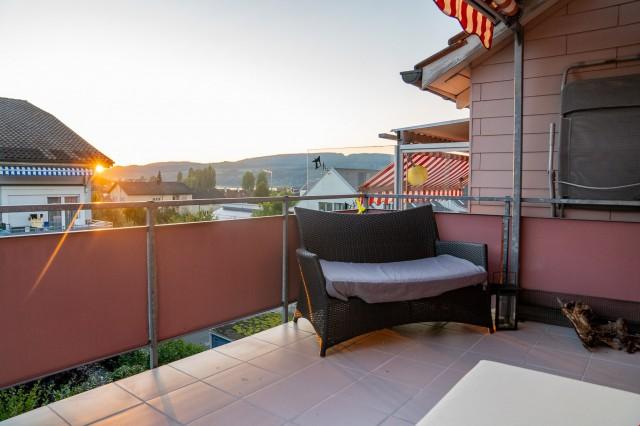 Zentrale 3 Zimmer Wohnung mit grossem Balkon 31430197