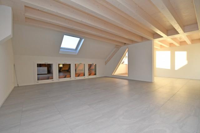 Grosszügige Maisonette-Wohnung zu vermieten 32247749