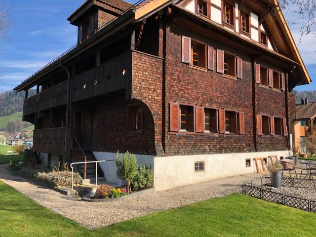 Ruhige und sonnige 3-Zimmer Wohnung in Luzerner Bauernhaus 24059551