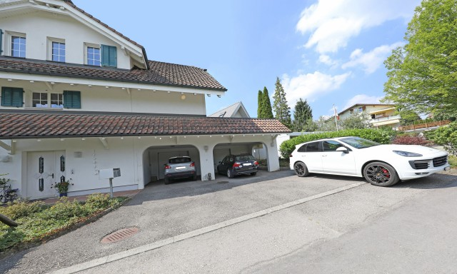 Helles 2 Familien-Haus mit Cheminée, 2 Sitzplätzen, 2 Garage 25948797
