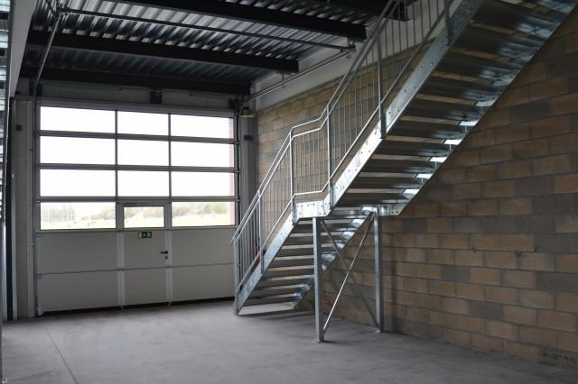 Atelier, dépôt, bureaux de 115 m2 à louer à Aigle 10727496