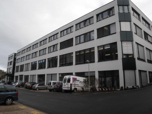 Rue du Collège 90, La Chaux-de-Fonds - Surface bien située 20722527