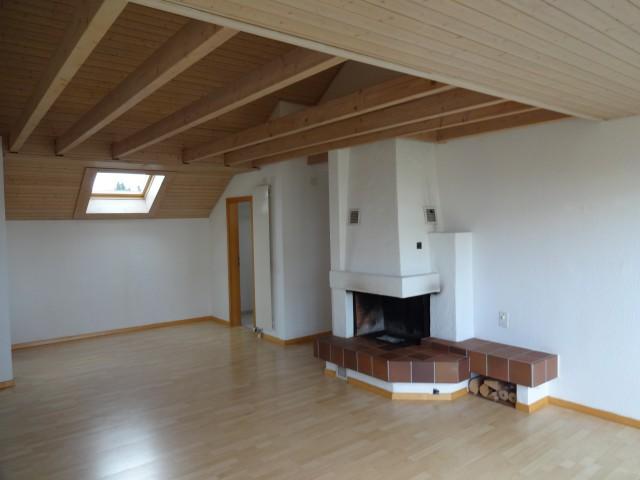Gemütliche 4-Zi-Dachwohnung 20420238