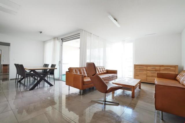 Topmodern 2 ½ Zimmer Eigentumswohnung inkl. 2 Einstellhallen 25129790