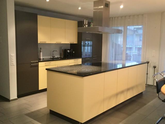 Sehr schöne 4,5 Zi-Wohnung mit grossem Balkon 21m2 23650209