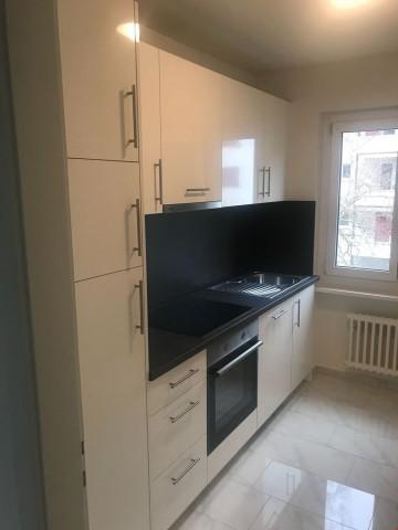 ERSTVERMIETUNG NACH SANIERUNG: Mod. Küche & Bad/WC und eig.  24808960