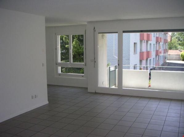 Grosszügige 4 1/2-Zimmerwohnungen mit Balkon 28801287