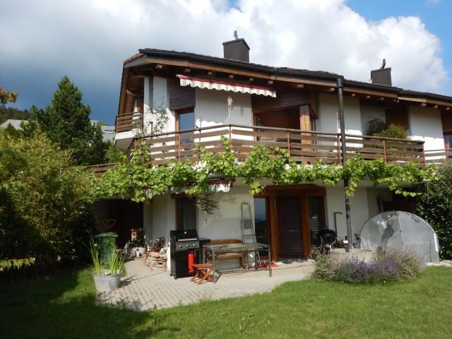 Grosszügiges 6,5 Zimmer Doppeleinfamilienhaus in Aeugst am A 30289804