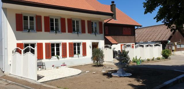 Neu renovierte 3.5 Zimmerwohnung auf Pferdehof 30289806