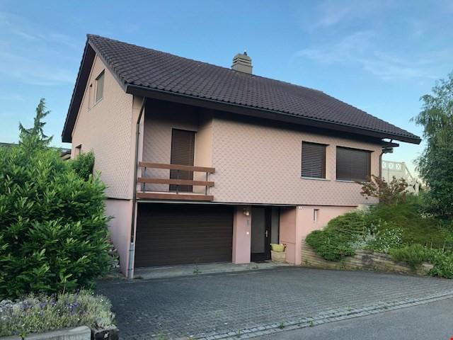 6.5-Zimmer Einfamilienhaus freistehend mit Doppelgarage 31045098