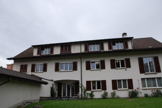 grosszügige 5 1/2-ZWG in 2 Fam. Haus im Heiligkreuzquartier 25995762