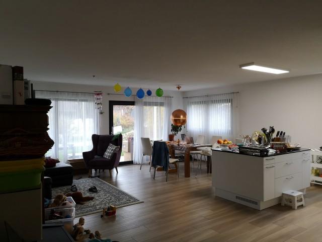 Moderne 4,5 Zimmer Parterre Wohnung zur Nachmiete mit Umzugs 26707897