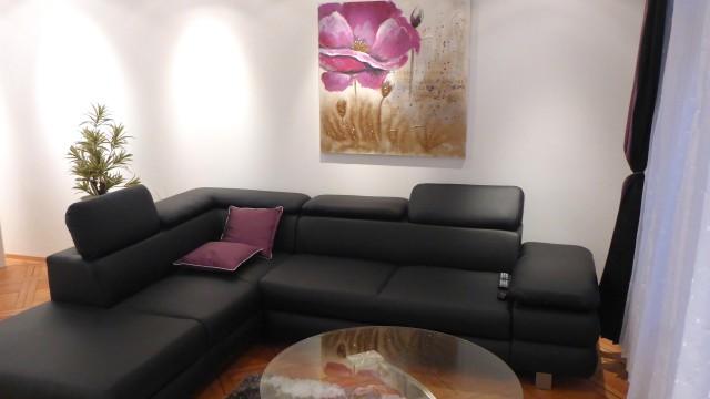 Jetzt neu: möbl. 2.5-Zimmer-Wohnung mit neuem Bad - Zentrum  19668432
