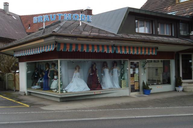 Repräsentatives Ladenlokal mit grossen Schaufenster in Zollb 21596027