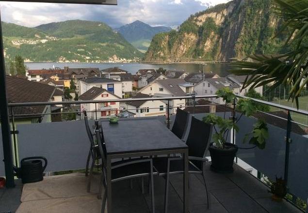 3.5-Zimmer Dachwohnung in Hergiswil - zentral - grosse Terra 32247477