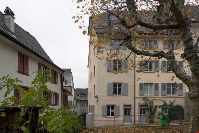 charmante Dach-Loftwohnung mit Balkon 24490508