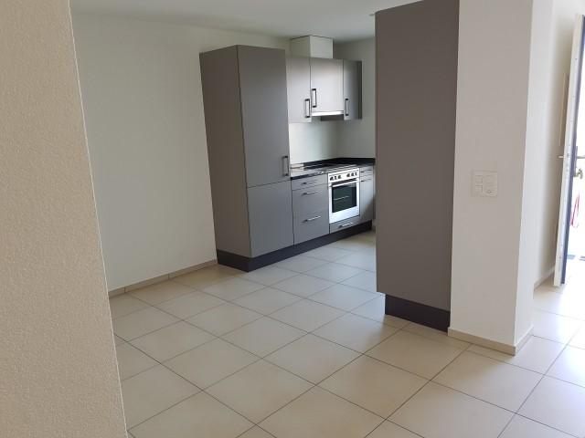 Sehr schöne 2.5 Zimmer-Wohnung mit Blick ins Grüne 27473237