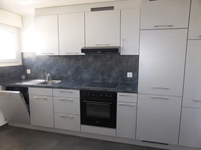 renovierte, sonnige 3-Zi-Wohnung mit Balkon 28764539