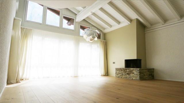 4-Zimmer-Dachmaisonettewohnung wunderschön & modern renovier 32247953
