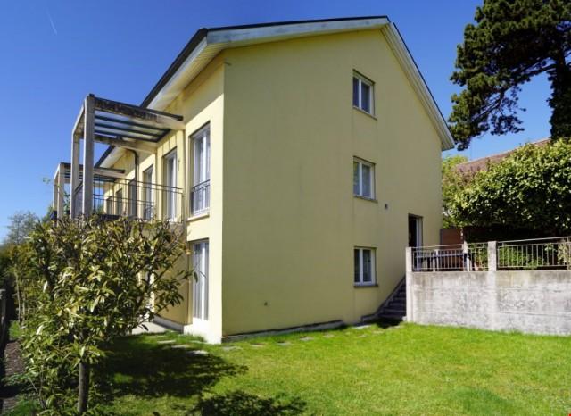 5-Zimmer Einfamilienhaus mit Garten an wunderbarer Aussichts 22799351