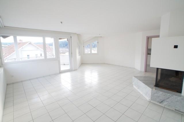 Sonnig und ruhig gelegene Eigentumswohnung mit sep. Wirtscha 32380893