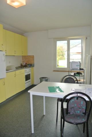 Kleine Wohnung im obersten Geschoss 32330898